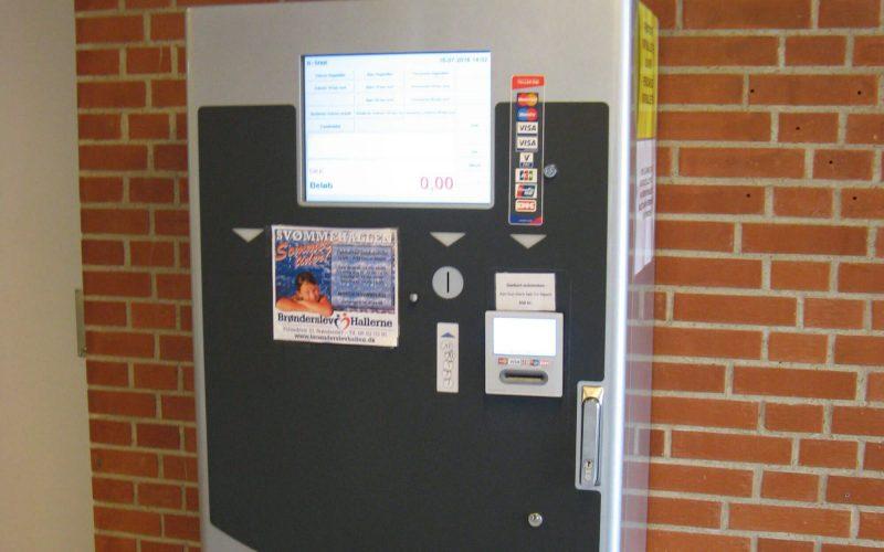 Entresystem & billetsystem med adgangskontrol & indgangskontrol samt omklædningsrum & skabe til svømmehal, idrætshal, stadion og sportsarena.